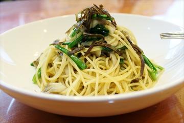 舞茸と菊菜の和風スパゲッティ